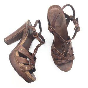 Frye Grace Sandal Size 7.5M Carmel Tan Chunky Heel